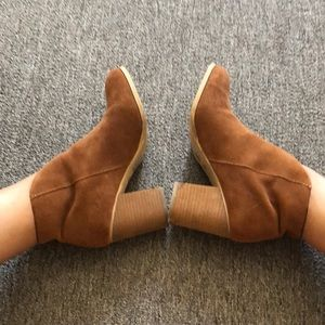 2 inch ankle boot